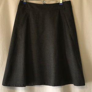 Banana Republic grey stretch wool skirt